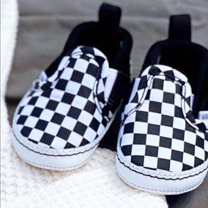 Baby vans 🖤
